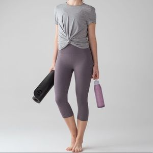 Lululemon Free To Flow Crops Size 6